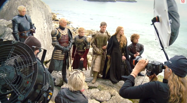 Behind the scenes&Bloopers - Page 2 Game-of-thrones-un-bilinmeyenleri-game-of-thrones-khaalesi-arya-1448244